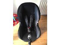 Maxi cosi priorifix car seat (excellent condition)