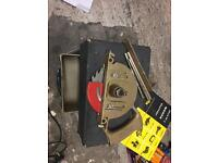 Woden vintage saw with box