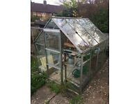 **Free** Metal-frame glass Greenhouse - **Collection only**