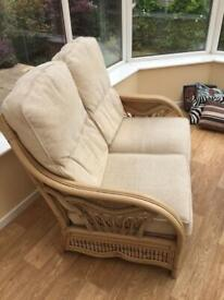 Conservatory suite exc cond free local deliv