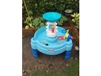 Little tykes water tray in good condition