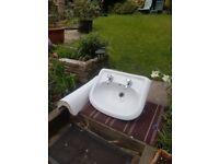 Bathroom basin & pedestal