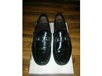 Gucci Horsebit Loafers - size 41E.