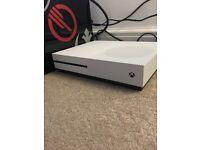 Xbox one s 500gb 10 games