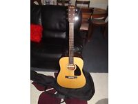 FENDER - Acoustic Guitar, in very very excellent condition. No marks.