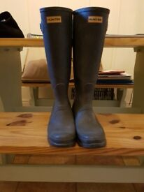 Ladies Hunter Wellies Size 8
