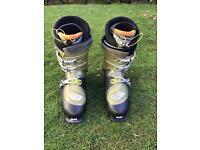 Salomon men's ski boots. Size 30