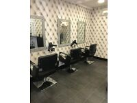 Fully equipped salon for sale
