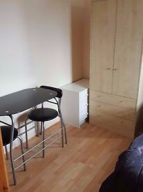 Double room to rent |Old Street| Angel| Barbican| Essex Road