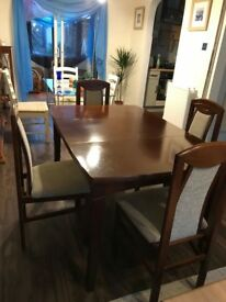 Cherry wood extending Dining Table with four chairs