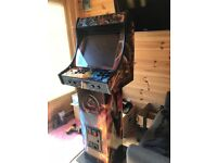 Arcade machine Brand new (Mortal Kombat design)