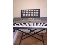 61 key Yamaha keyboard (With Stand)