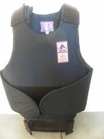 Child body protector for horse riding