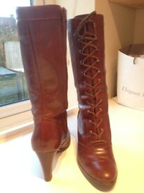 Ladies brown leather calf length boots. Size 6 good condition