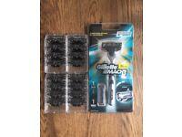 Gillette Mach3 Razor & Blades x18