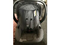 Cosatto Hold Baby Car Seat and Isofix Base