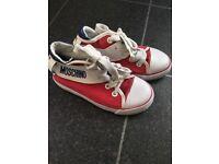 Moschino kids trainers size 27 uk 9