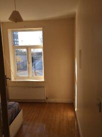 3 bedroom flat to rent above shop in Wembley