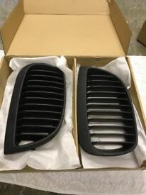 BMW E87 1 series Matte Black Kidney Grilles