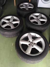 Audi q7 20r alloys wheels genuine