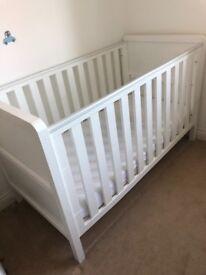 5 piece white curve nursery furniture