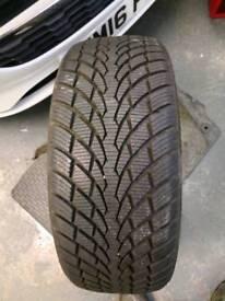 215 45 17 m+s winter tyre