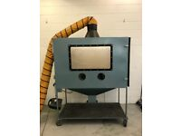 Sand blasting machine cabinet - shot blasting - extractor and venting