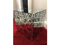 Mirrored patterned side cube Table