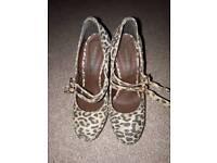 Size 4 River Island high heels