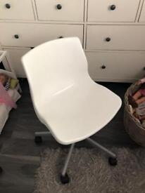 Ikea swivel desk chair
