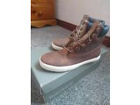 Womens leather Timberland Earthkeeper boots