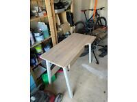 Desk 110cm x 55cm Great Condition
