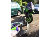 Kawasaki zx9r e2 2002 spare or repairs project