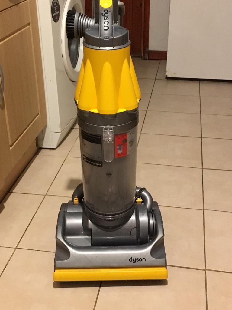 DYSON HOOVER DC 14 VERY CLEAN