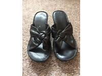 Clarks size 5 sandals
