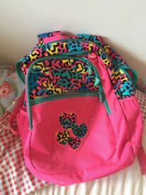Smiggle backpack / pink / has a few defects on the back