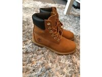 Genuine Timberland Boots / Size 4