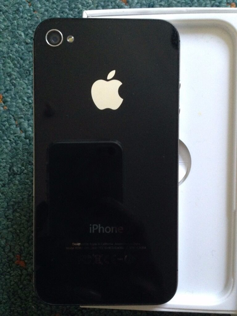 Apple iPhone 4S UNLOCKED in Nice Condition/ Perfectly Workingin Southampton, HampshireGumtree - For sale is an Apple iPhone 4S smartphone in Good Condition and Perfect Working Order. Comes with charger, SIM ejection tool, screen protectors. No damage or cracks. Only microscopic age related marks here and there, nothing that hinders functioning...
