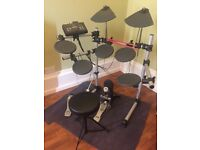 Yamaha DTX500 electric drum kit excellent condition full working order with manual