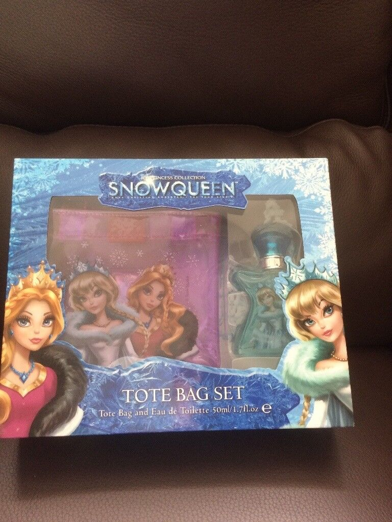 BRAND NEW SNOWQUEEN TOTE BAG AND PERFUME SET