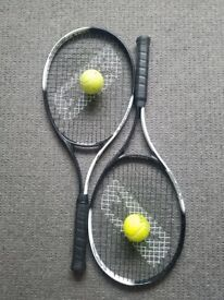2 tennis rackets plus 2 balls