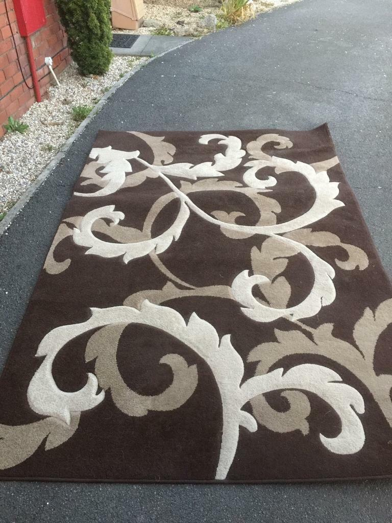 Cream Rug In Saltash Cornwall