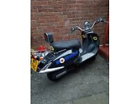 Lexmoto Tommy 125 scooter