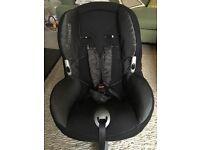 Maxi Cosi Priorifix car seat x 2 - Black Reflection covers