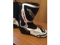 RST tractec evo boots size 9