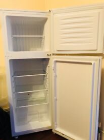 Swan fridge and frizer h126 cm w46 very good comdition 9/10