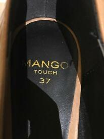 Mango tan pointed heels size 4