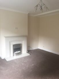 2 bed lower cottage flat to let in Barrhead