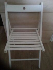 2 chairs to sale at cheap price