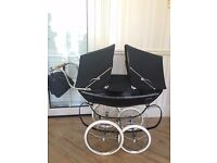 RARE Silver Cross Twin Dolls Pram Excellent Condition, comes with matching bag and blanket